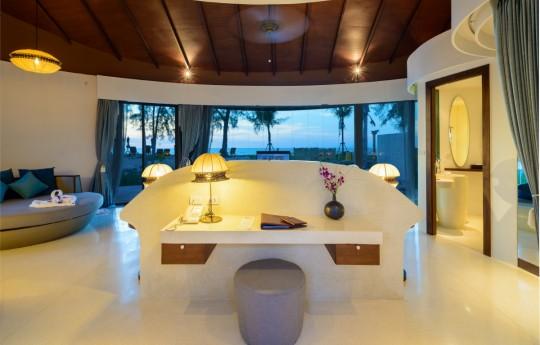 크기변환_06-Mai Pool Villa Sea View.jpg