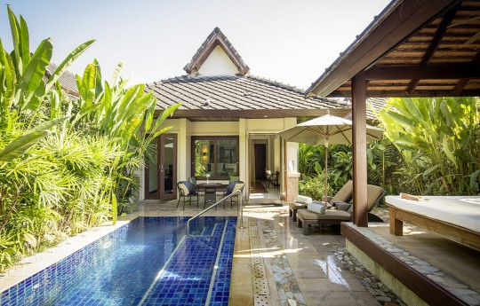 크기변환_csm_kl-bux3-superior-pool-bungalow-pool-10_5e53726165.jpg