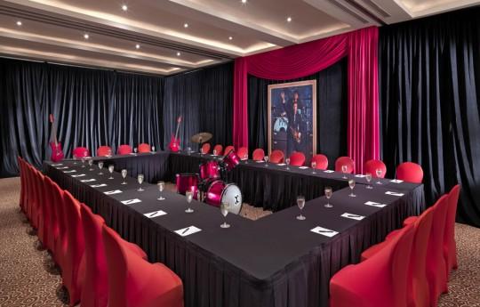 꾸미기_Red Meeting Room Image - Low Res.jpg