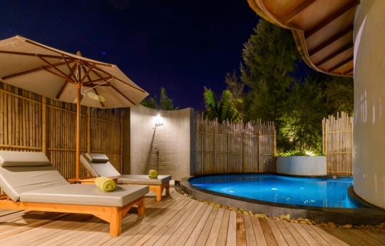 크기변환_09-Mai Pool Villa Garden View.jpg